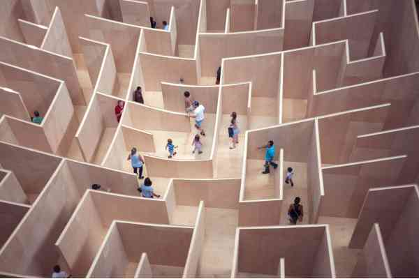 labyrinth maze meaning